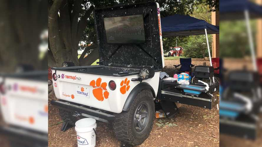 Tentrax Tailgater Trailer Is About To Upgrade Your Pre-Game Party