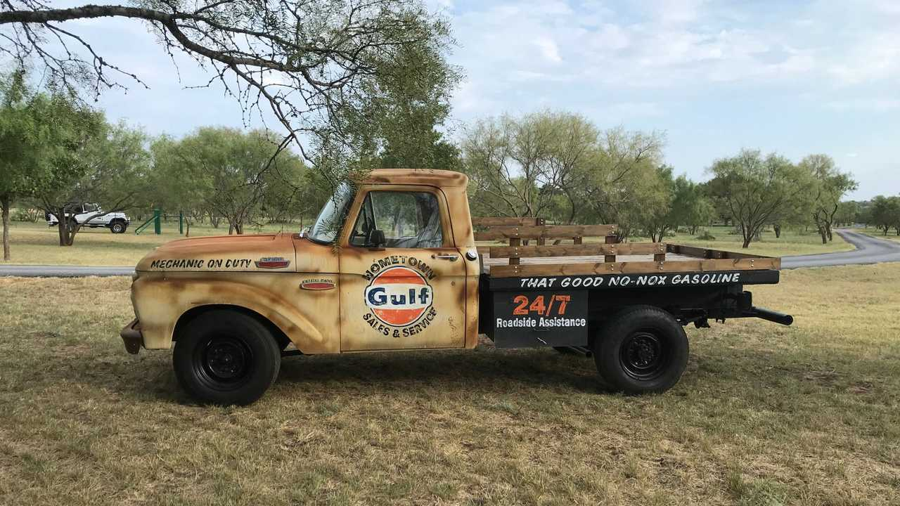 1965 Ford F-250 Is Ready For Work Or Show