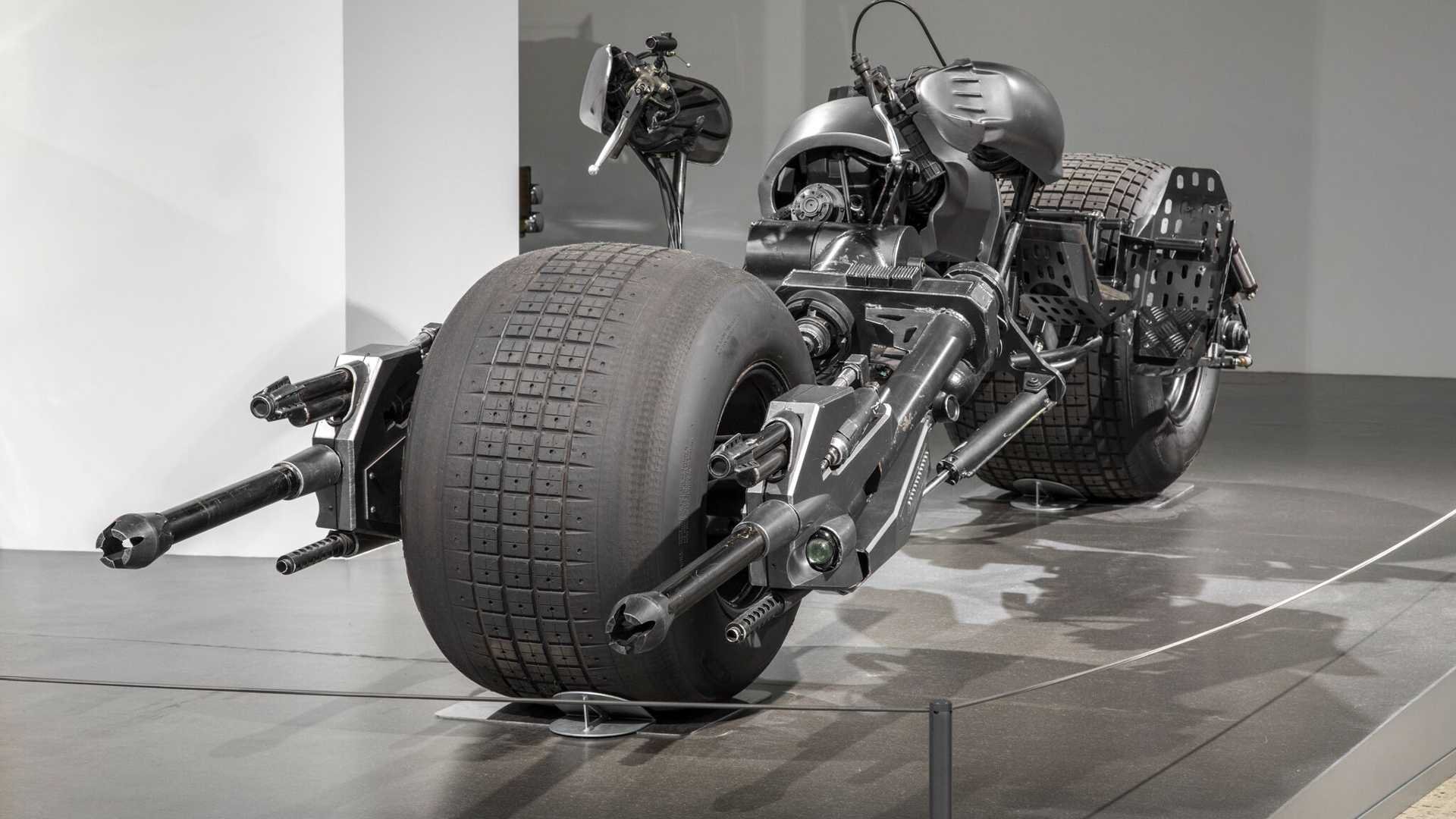 """[""""Petersen Museum Extends Hollywood Dream Machines Exhibit Through May 2020""""]"""