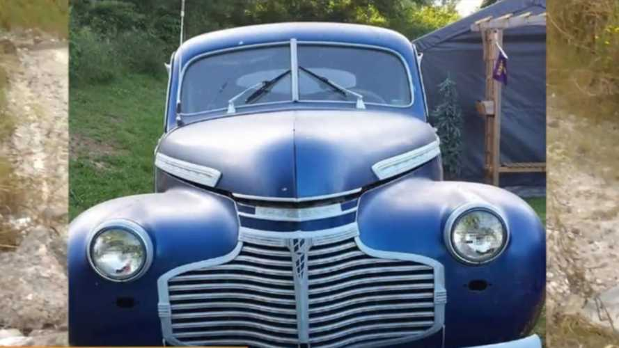 Thieves Steal Two Classic Cars From Tennessee Shop