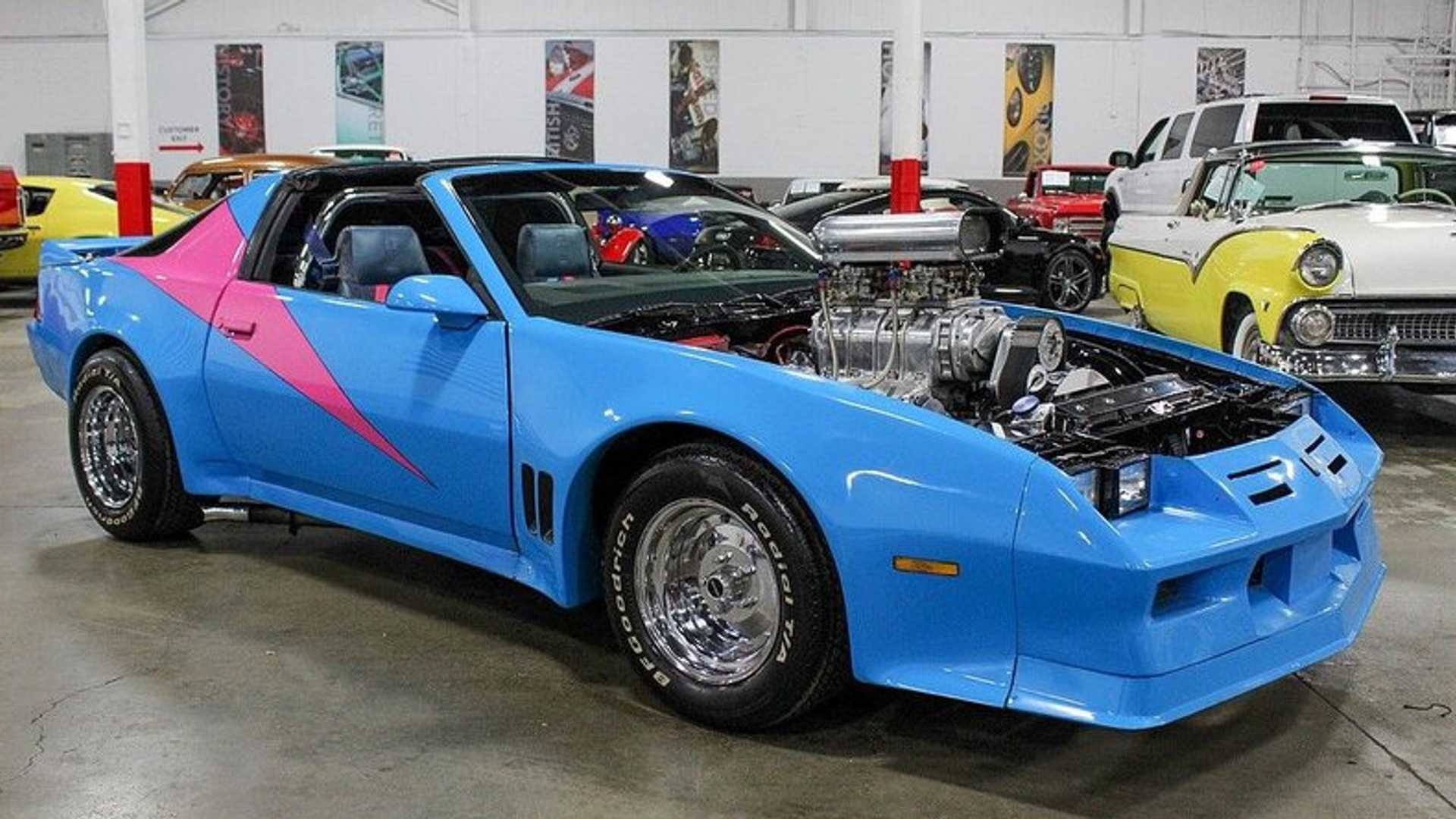 """[""""Be Bold With This 1982 Chevy Camaro""""]"""