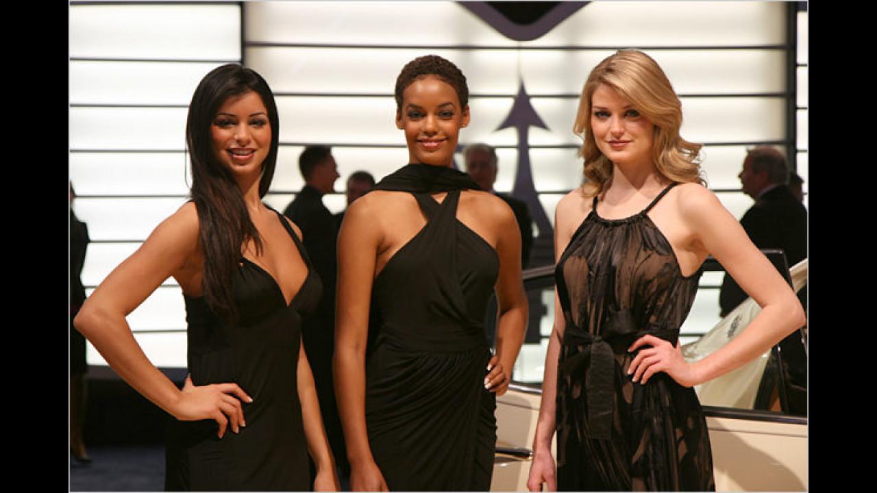 Schauen Sie mal: Drei Damen, drei Träger-Konzepte