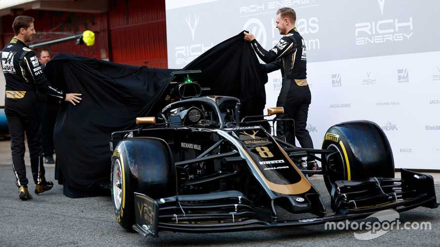 Pirelli's reveals shiny tyres for 2019