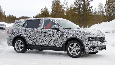 Seven-Seat Lynk & Co 01 Spied Stretching Out In The Snow