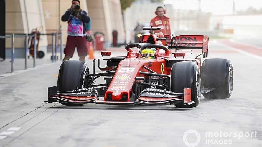 Filho de Schumacher inicia trabalho com a Ferrari em teste no Bahrein
