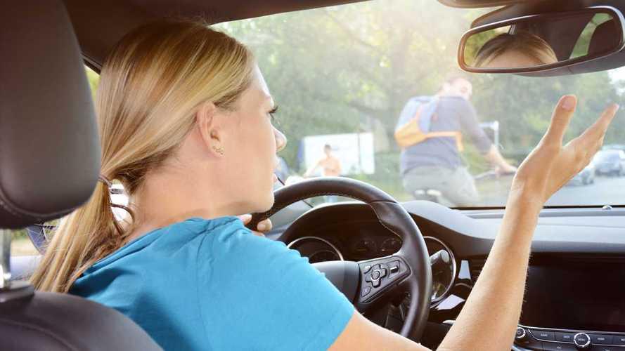 4 причины, почему мужчины водят хуже женщин: исследование