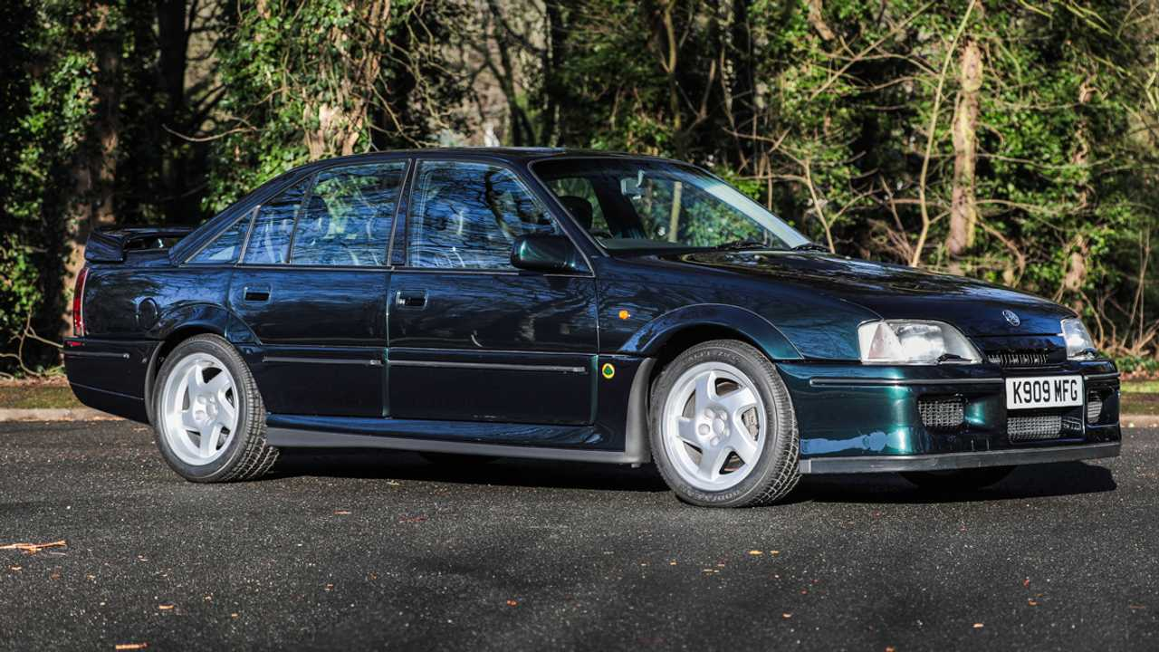1994 Vauxhall Lotus Carlton – to be auctioned