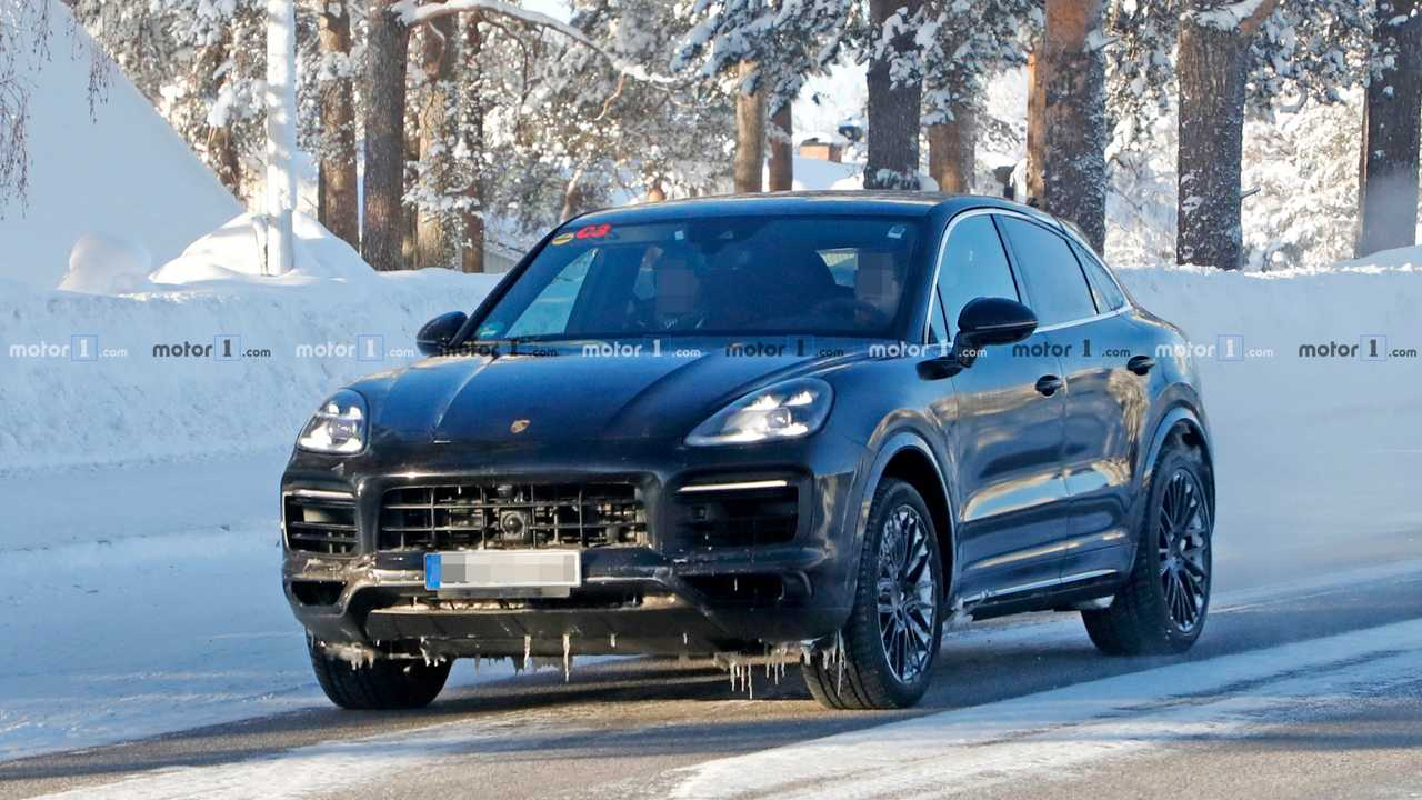 Porsche Cayenne Coupe Spy Photo