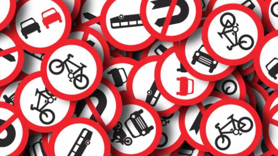 Codice della Strada, allo studio nuovi limiti e divieto di fumo