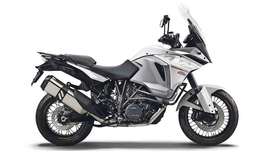 Recall: KTM 1290 Super Adventure May Have Leaky Tank Cover