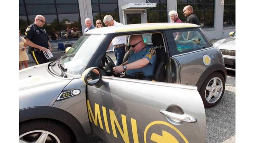 Mini E Being Used to Train Emergency First Responders at University of Delaware