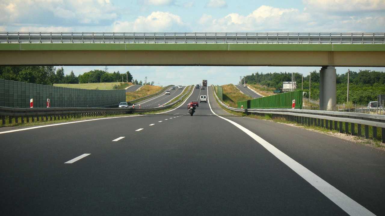 Scooter 125 in autostrada e tangenziale