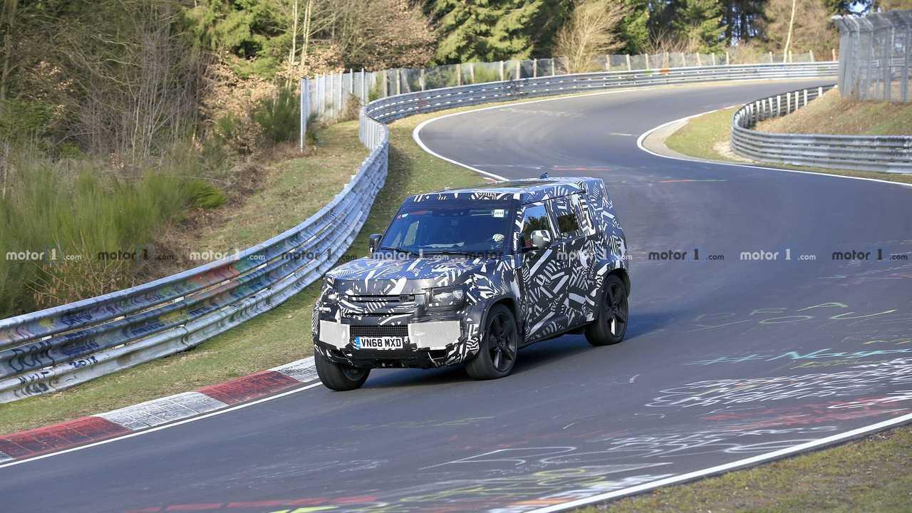 Land Rover Defender spied on Nurburgring