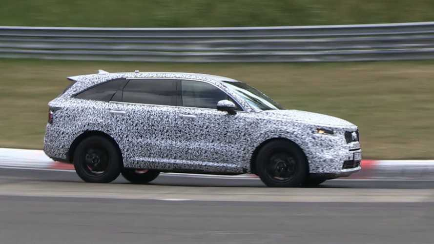 Watch the 2021 Kia Sorento attack the Nürburgring