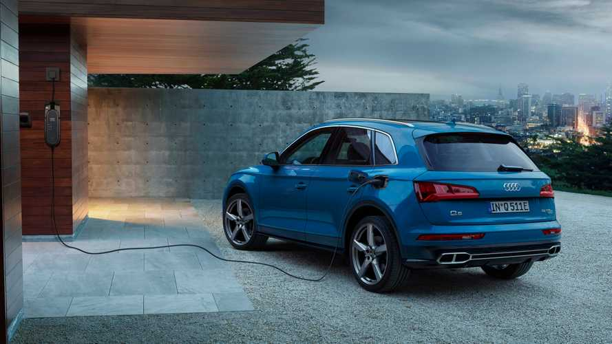 Audi Q5 55 TFSI e quattro Hints At PHEV Rebound In Europe