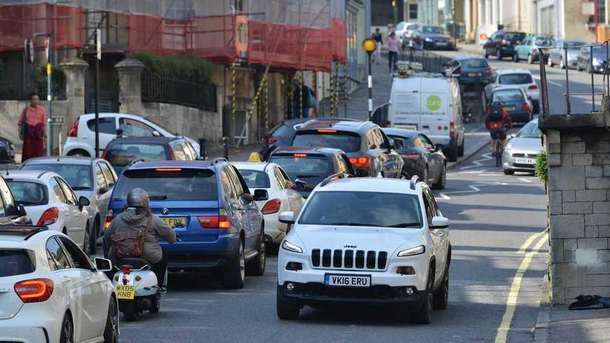 Drasztikus változás állt be az importált autók átlagéletkorában február óta