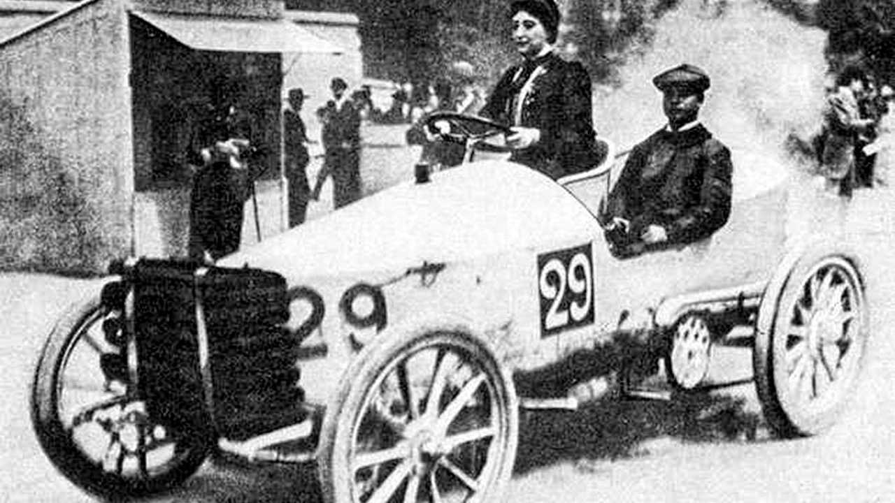 Camille du Gast, la première femme pilote
