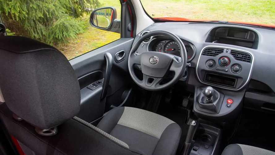 Nissan NV250 als Kastenwagen und Kombi
