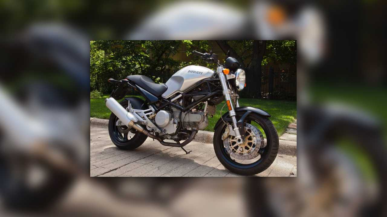 2001 Ducati Monster 750 Metallic