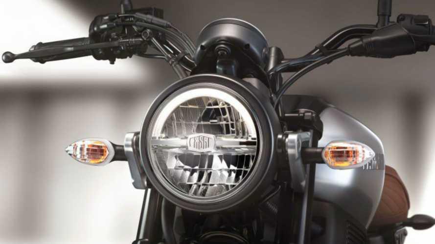 Yamaha XSR 155, dall'Asia le prime immagini [VIDEO]