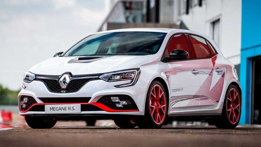 Outrageous Megane RS Trophy-R comes with equally outrageous price tag