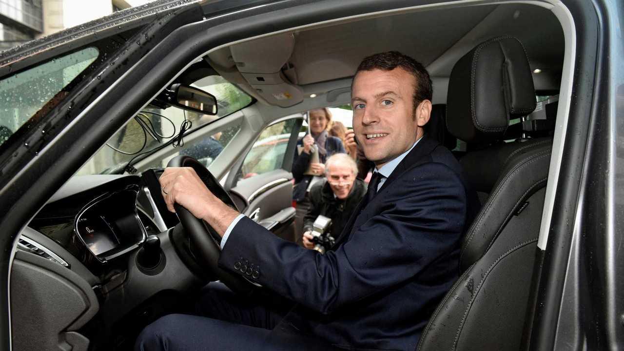 Emmanuel Macron chez Renault