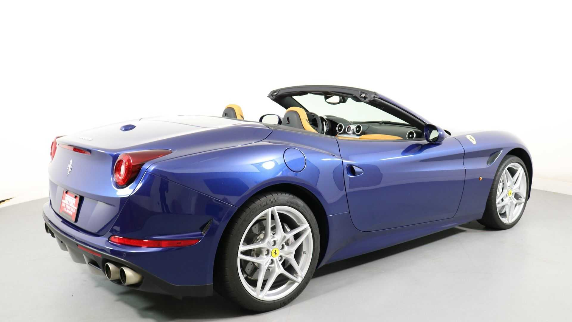 "[""Feel The Breeze In A 2016 Ferrari California T""]"