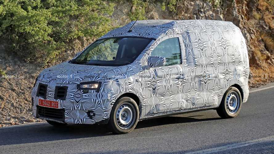 Dacia Dokker Spied For The First Time, Already Looks Familiar