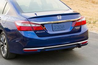 2017 Honda Accord Hybrid Blends Sedan Sensibility With NSX Tech: First Drive