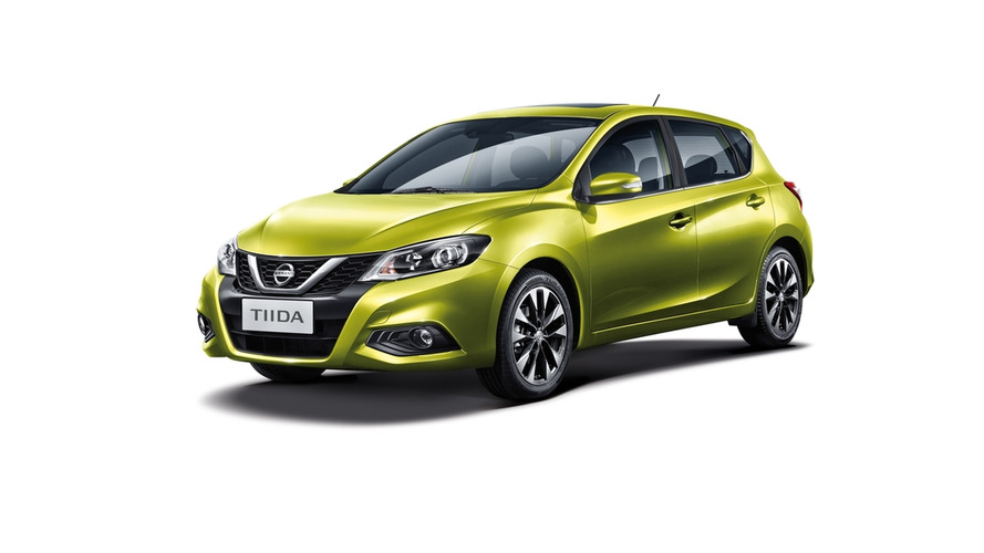Nissan Tiida is redesigned Pulsar in Beijing