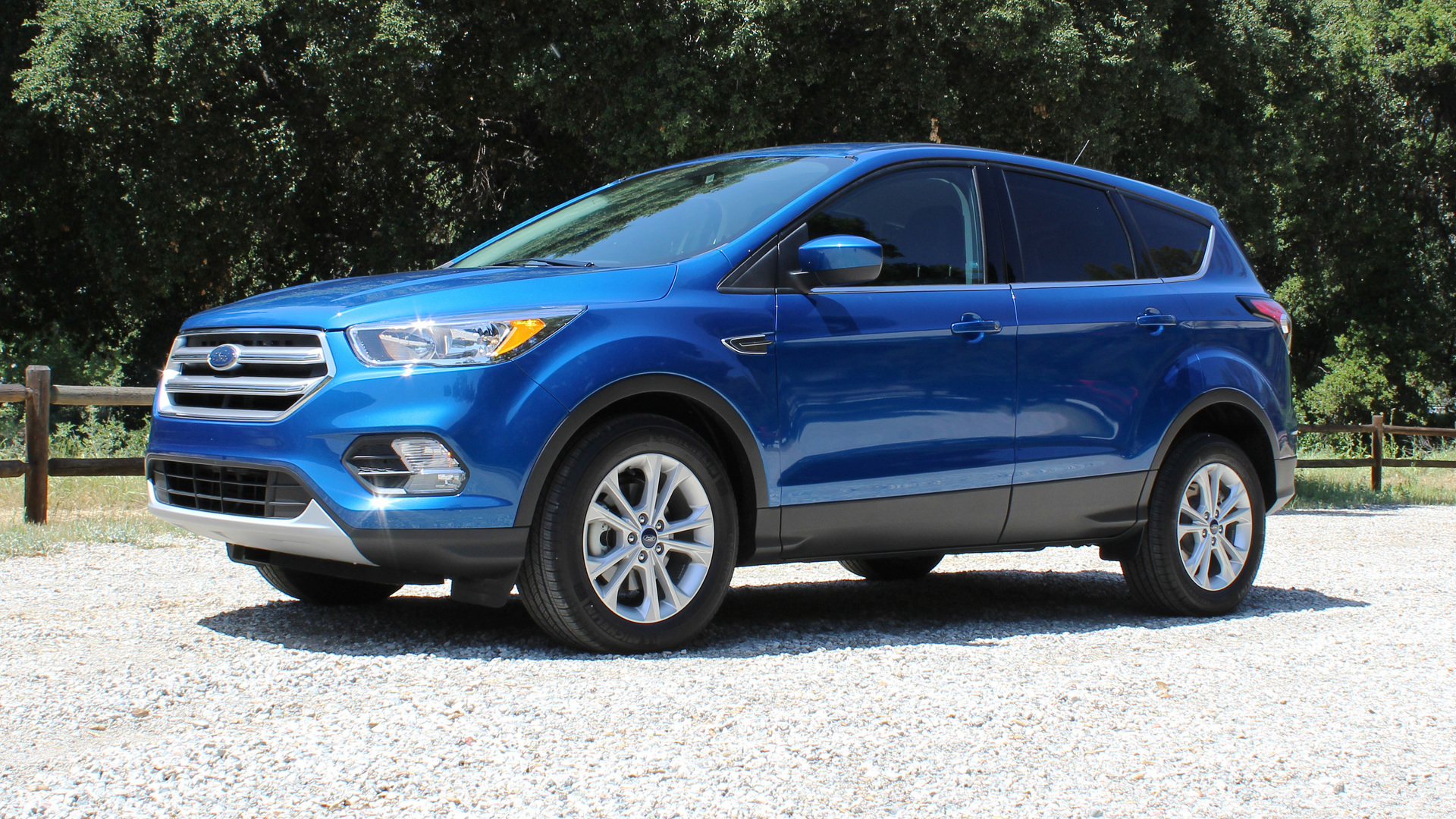 2017 Ford Escape Towing Capacity >> First Drive 2017 Ford Escape