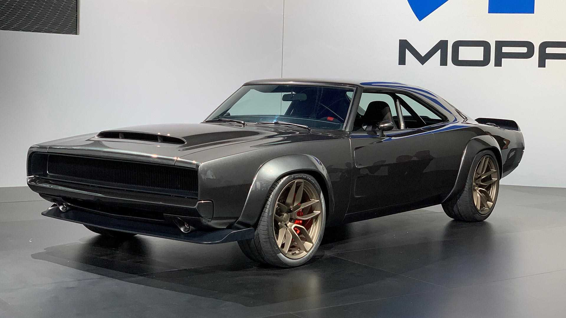 Mopar 426 Hemi Returns As A 1 000 Hp Hellephant Supercharged V8