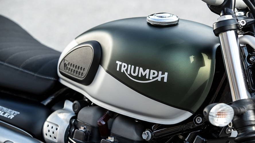 The 2022 Triumph Street Scrambler Sandstorm Is Coming