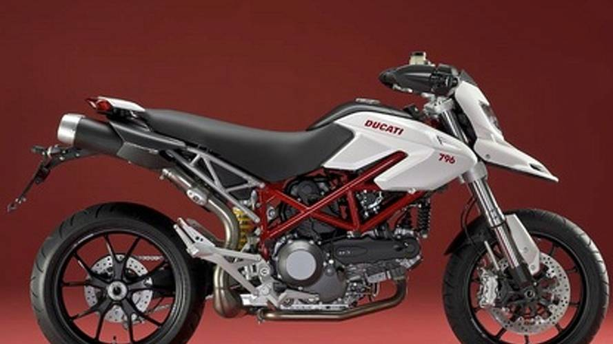 Ducati Hypermotard 796: smaller and cheaper for 2010