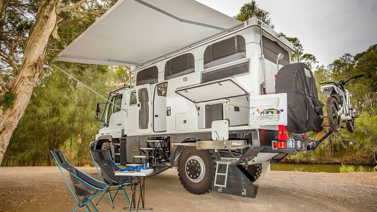 EarthCruiser Unimog Explorer XPR440