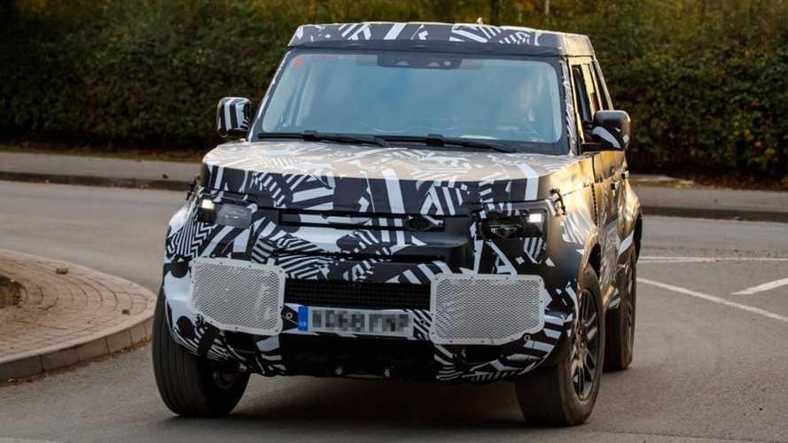 Novo Land Rover Defender terá luxuosa versão Sport, mas demora