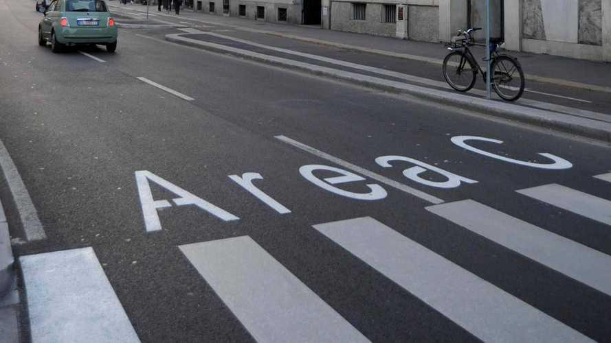 Area C di Milano, pagano anche le ibride (ma da ottobre 2019)