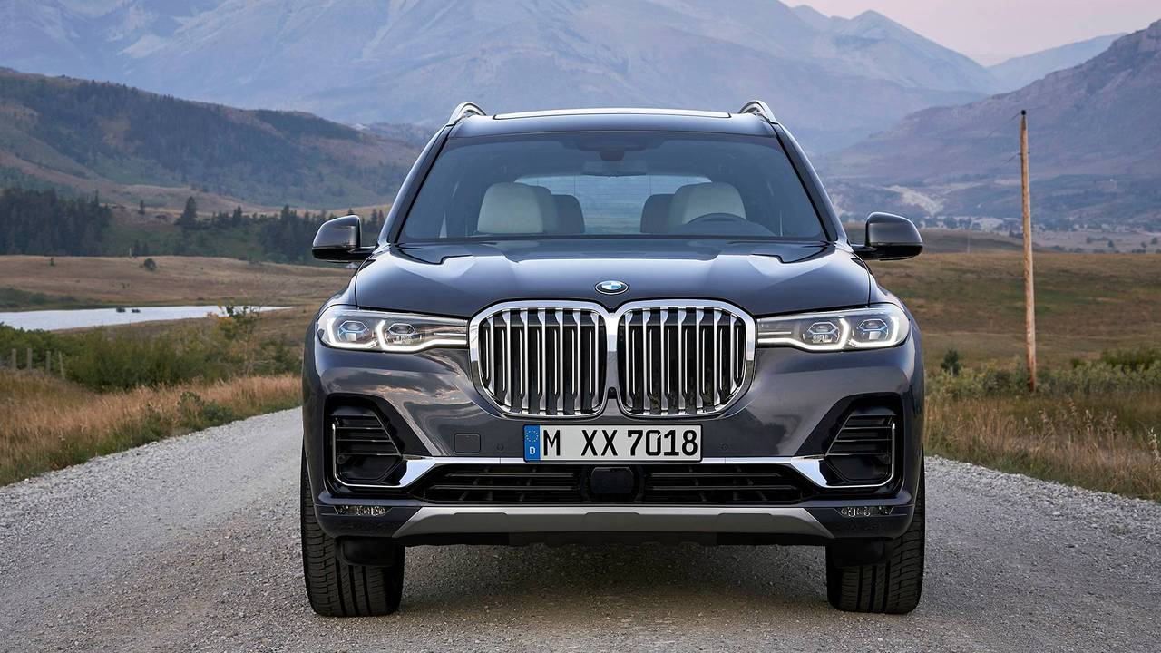 Bmw X7 Vs Bmw X5 See The Changes Side By Side