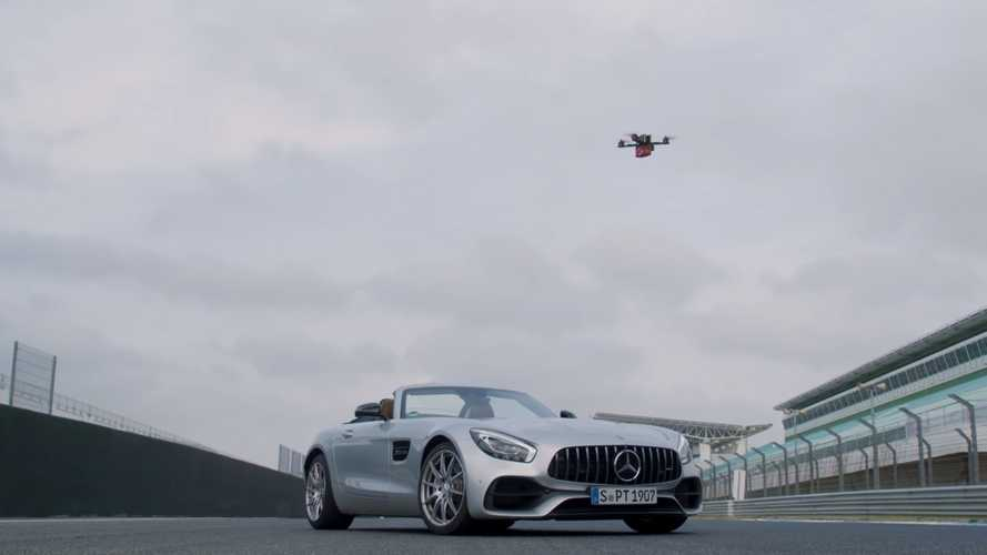 Mercedes AMG GT Roadster vs. Racing Drone