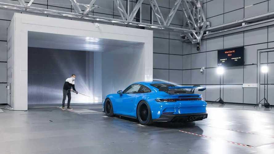 2022 Porsche 911 GT3 testing