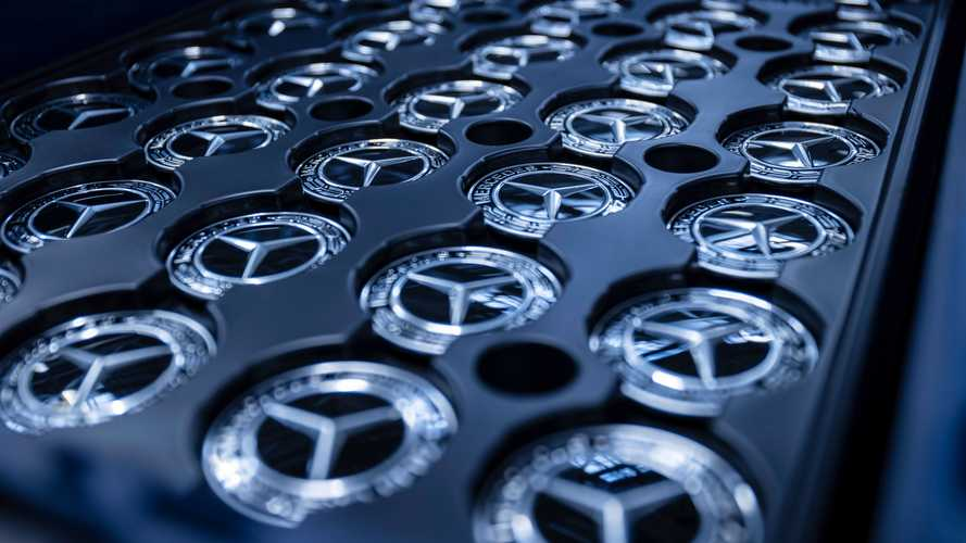 Новый Mercedes–AMG EQR сделают горячим «седан–кроссовером»
