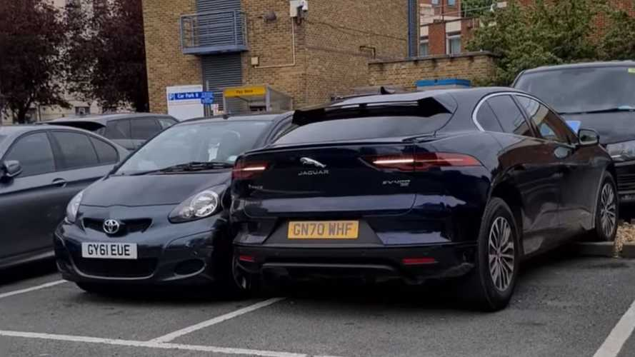 UK: Watch this catastrophic parking fail by Jaguar I-PACE driver