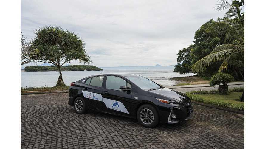 Melancong ke Bali Bisa Coba Toyota Prius PHEV