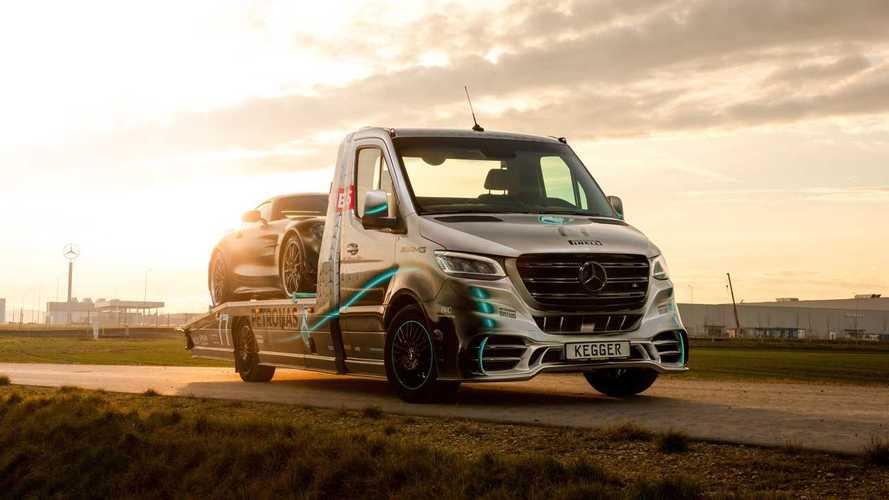 Mercedes Sprinter AMG Petronas, il carro attrezzi più veloce che c'è