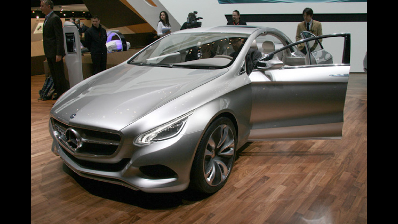 Mercedes F 800 Style