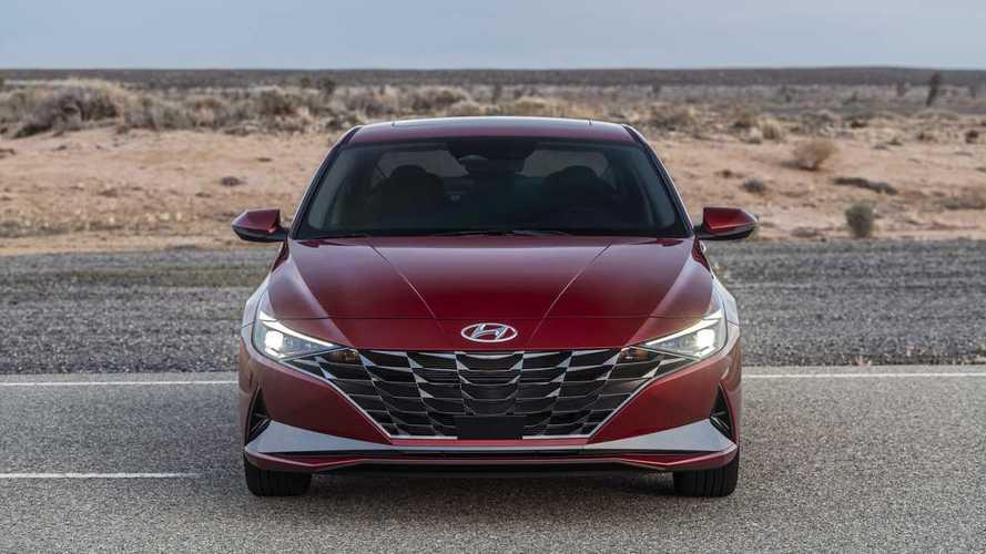 Машина «в 2 клика» и новая Elantra – планы Hyundai до конца года