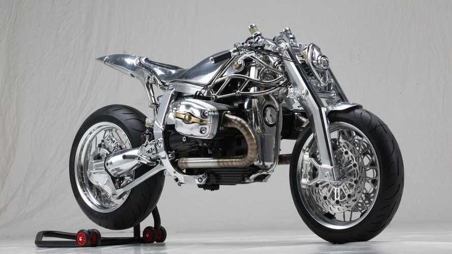 Custom BMW R1100S Crowned King of Moto Bike Expo 2020