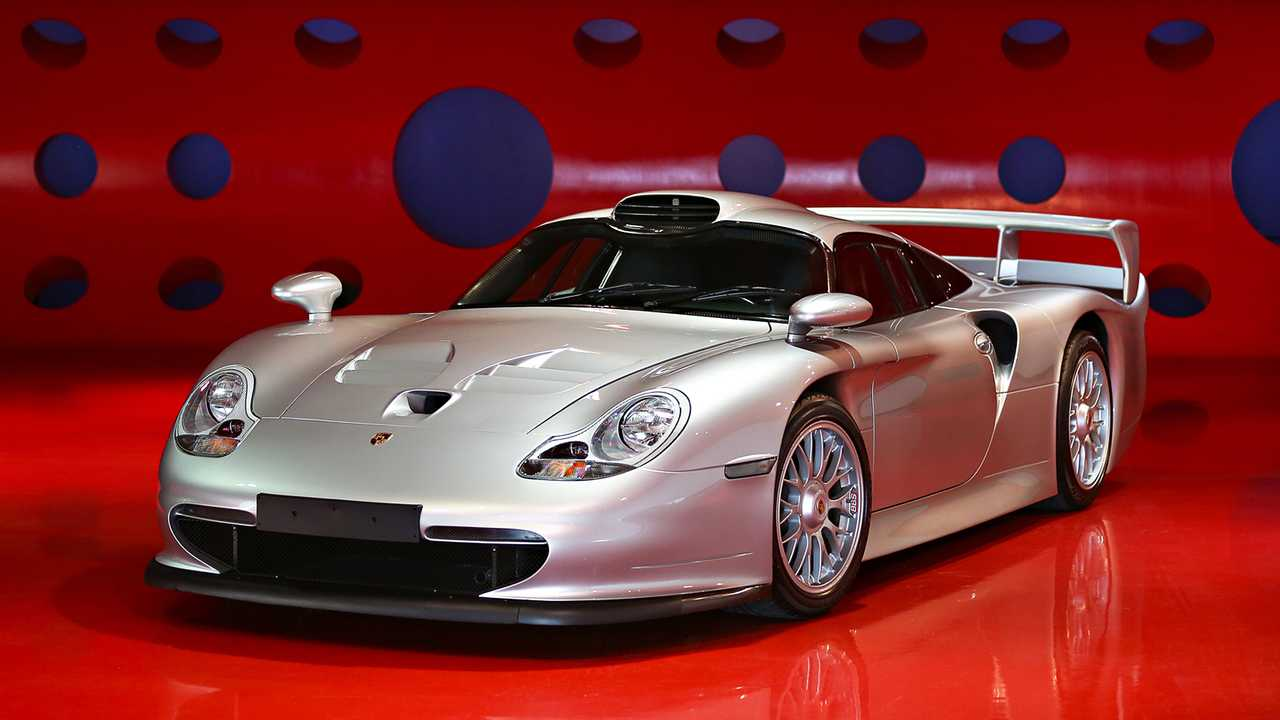 5 - Porsche 911 GT1 Stradale (1998) - 5,08 millions d'euros