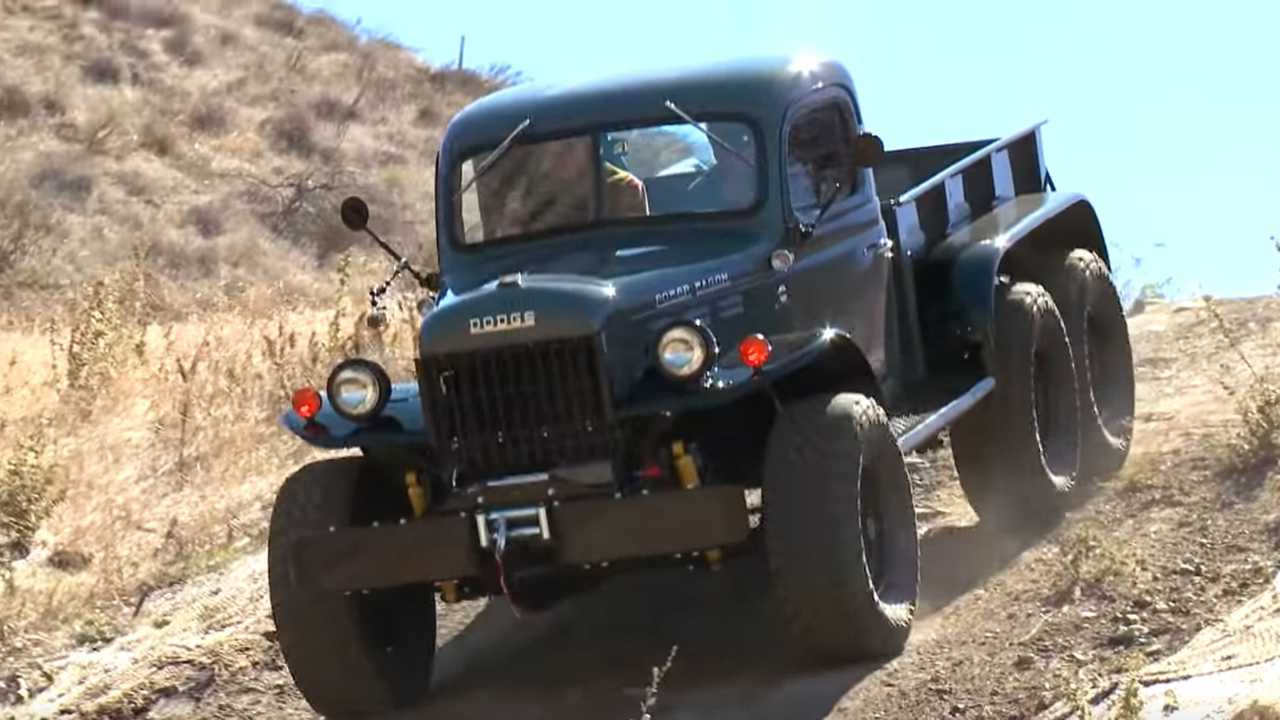 1942 Dodge Power Wagon Restomod Has 6 Wheels