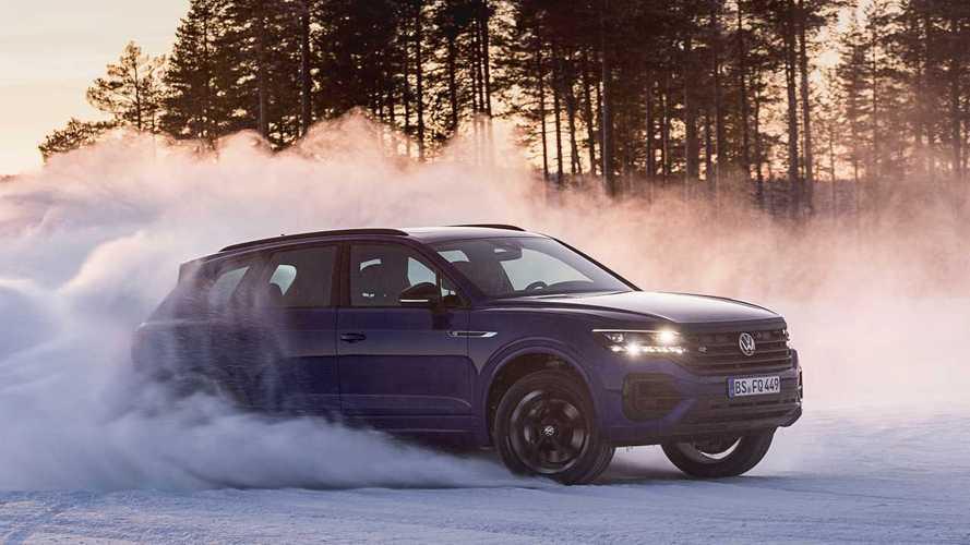 Volkswagen Touareg R'ın hızlanma videosu sizi şaşkınlığa uğratacak